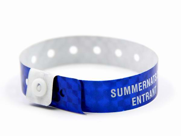 vinly wristband 1